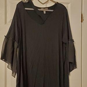 Gorgeous open shoulder blouse